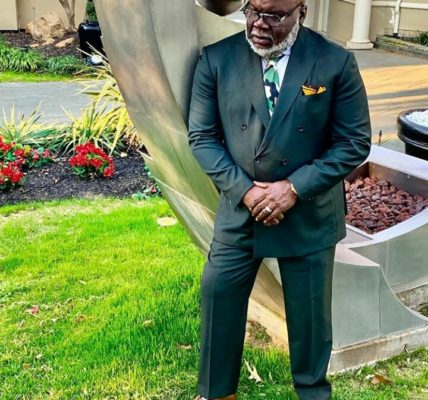 T.D Jakes Biography